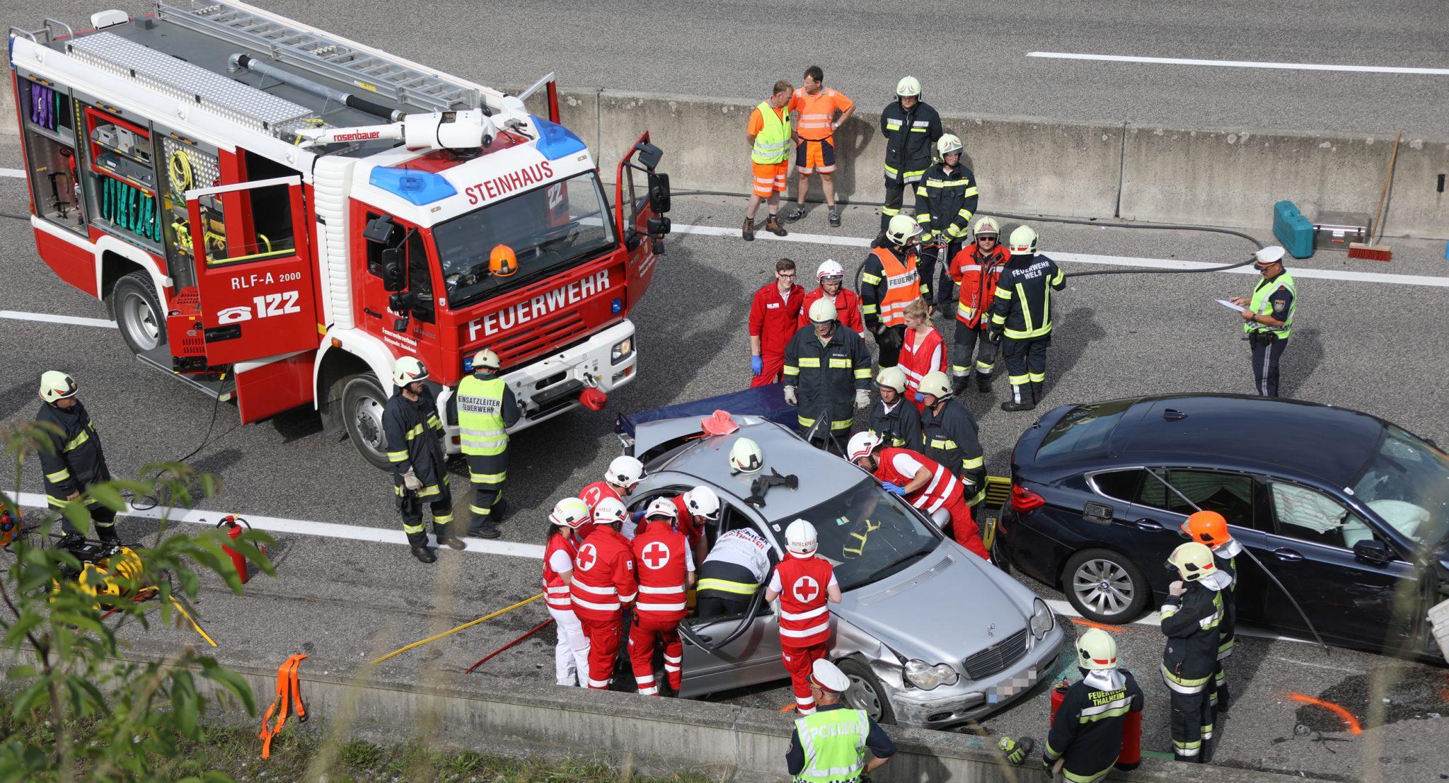 Verkehrsunfall Autobahn A8